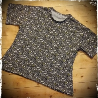 Love Sewing Men's T Shirt Hack - Plus Size Ladies Wear